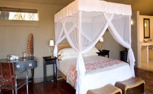 Sanctuary Zambezi Kulefu Camp